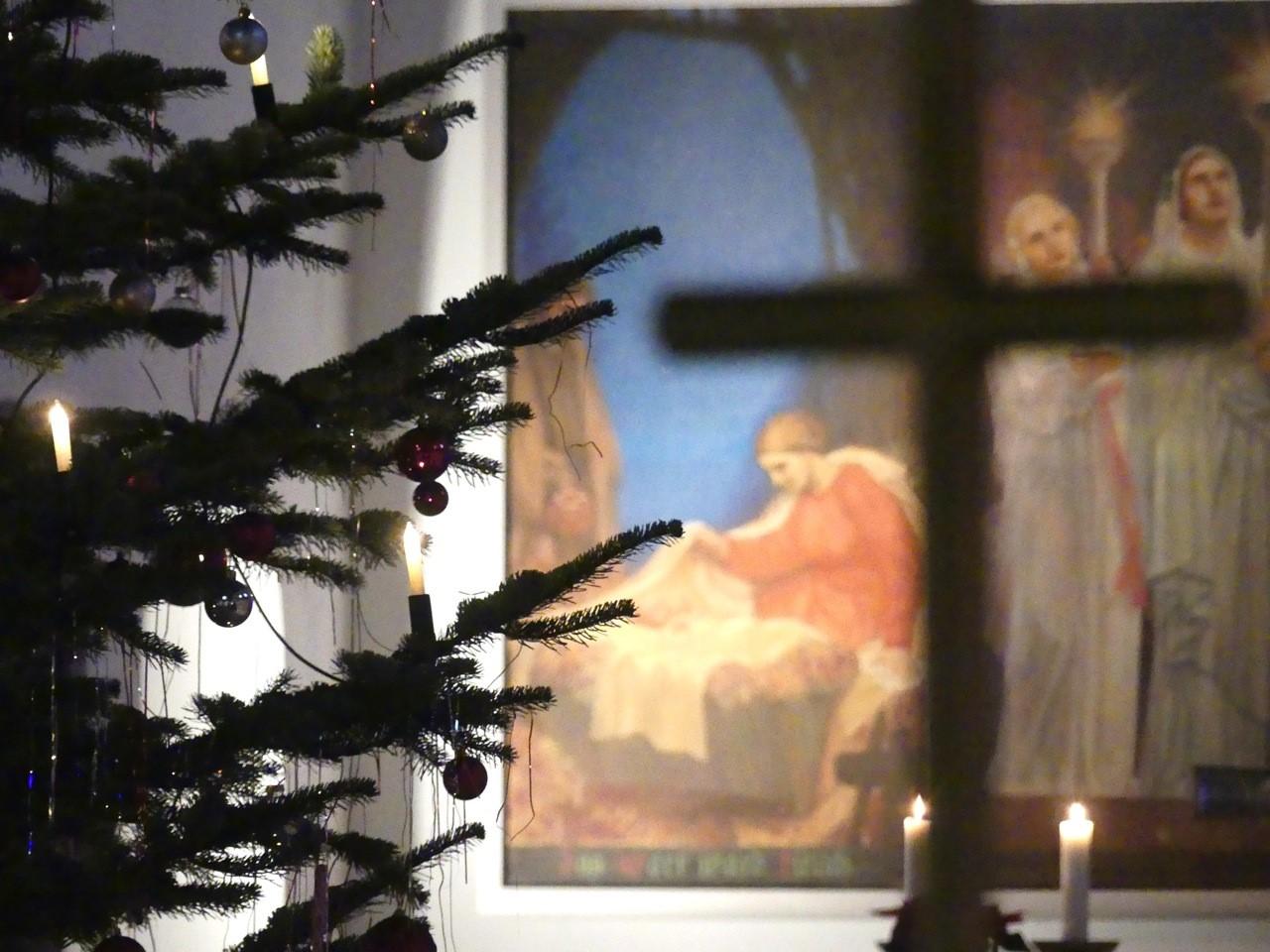 Artikel in der Kreiszeitung vom 11. Dezember 2020 zum festlichen Wunderland in der Kirche zum Guten Hirten
